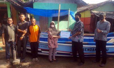 Dinas Perikanan Situbondo Salurkan Bantuan Provinsi di Desa Klatakan