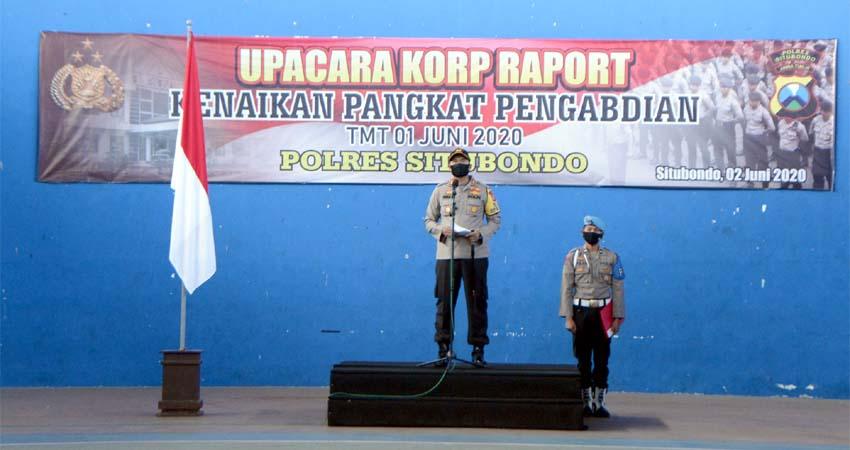 Dua Anggota Polres Situbondo Naik Pangkat Pengabdian