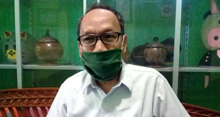 Kepala Sekolah SMP Negeri 4 Situbondo, Drs H Agus Triono M Pd. (her)