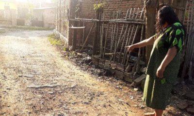 Inilah kondisi kerusakan parah badan jalan pada ruas jalan raya di RT 04 RW 01, Dusun Bukkolan. (im)